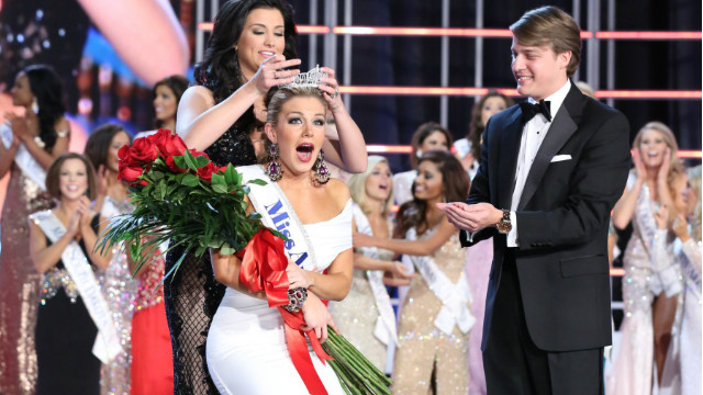 Mallory Hytes Hagan of New York was crowned as Miss America 2013.