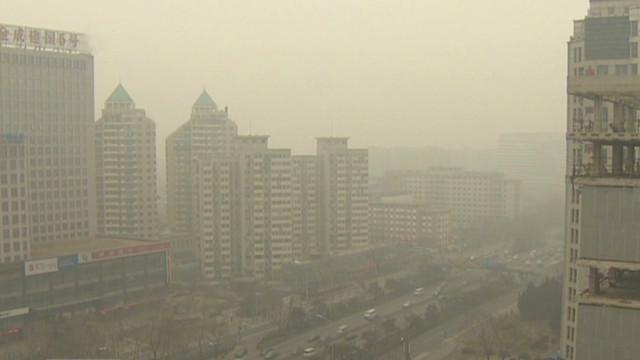 Smog cloud blankets Beijing