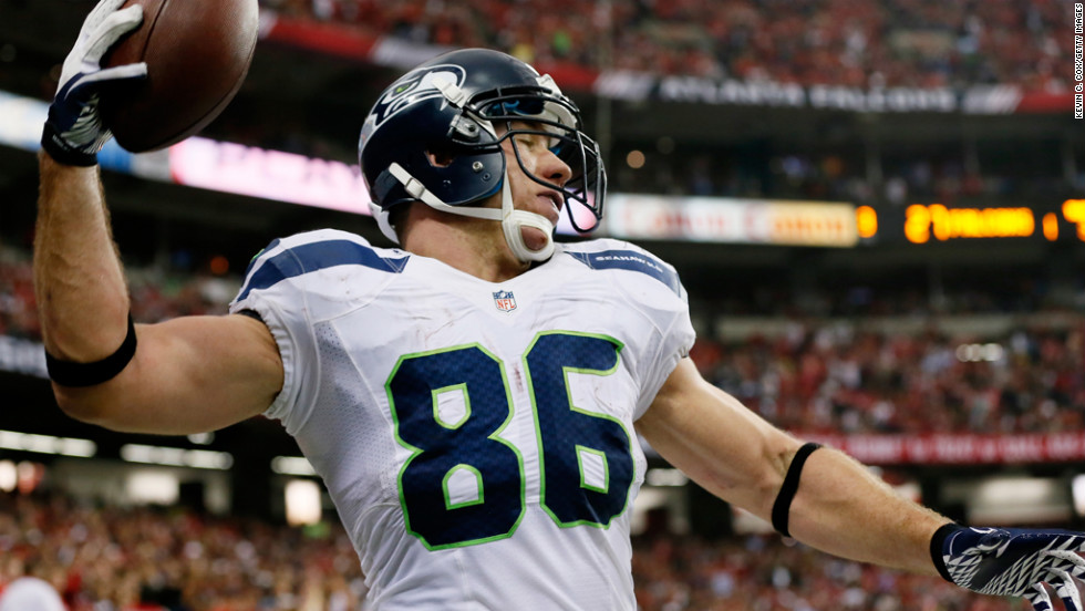 Zach Miller of the Seahawks celebrates his fourth quarter touchdown reception against the Falcons on Sunday.