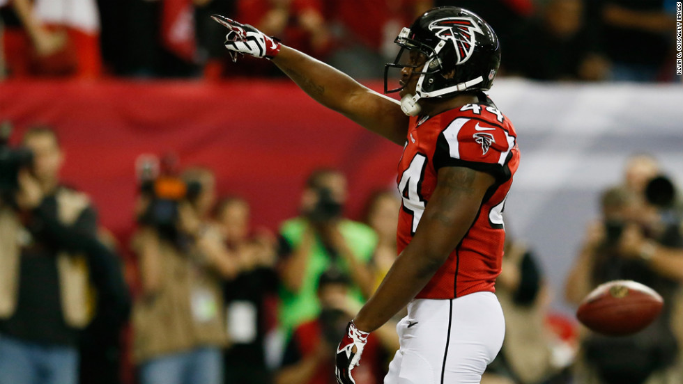 Jason Snelling of the Falcons celebrates his third quarter touchdown against the Seahawks on Sunday.