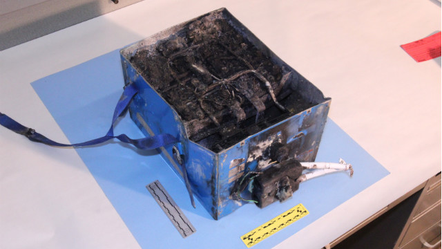 NTSB offers look at Boeing plane battery