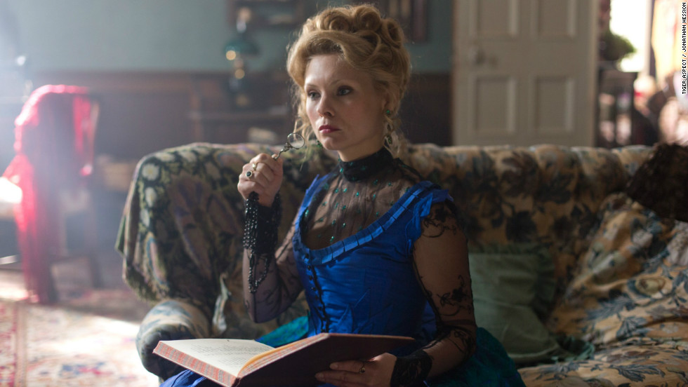 Long Susan Hart, played by MyAnna Buring, runs a popular brothel, but her past is mysteriously entangled with Capt. Jackson's.