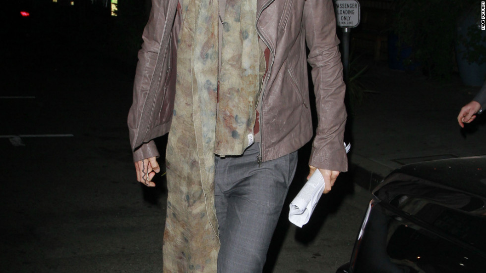 Russell Brand dines out in Los Angeles.