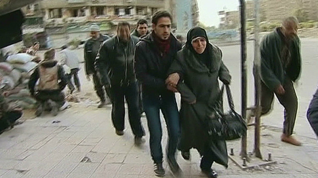 Civilians caught in Damascus crossfire
