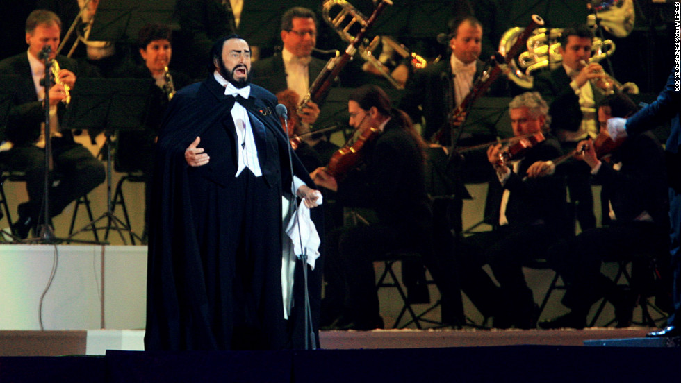"Luciano Pavarotti lip-synced his performance at the opening ceremony of the 2006 Winter Games in Turin, Italy, conductor <a href=""http://www.cbc.ca/news/arts/music/story/2008/04/07/pavarotti-olympics-lipsync.html"" target=""_blank"">Leone Magiera wrote in his book</a> in 2008. Low temperatures reportedly made it dangerous for him to perform live. Pavarotti died of cancer in September 2007."