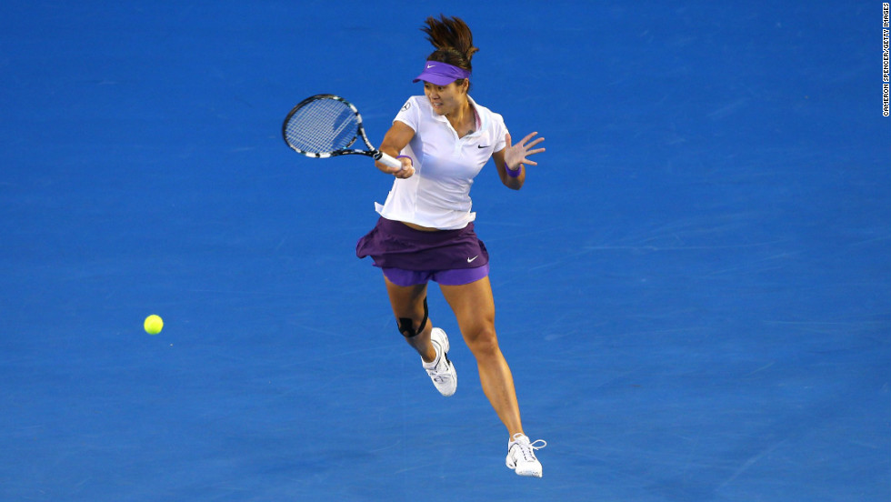 Li Na rips a forehand Saturday. Li was also a finalist in the 2011 Australian Open.