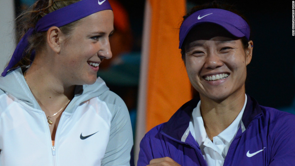 Li, the 2011 runner-up, was able to smile despite a difficult match in which she twice needed on-court treatment and was also disrupted by a break for Australia Day fireworks when 2-1 ahead in the final set.