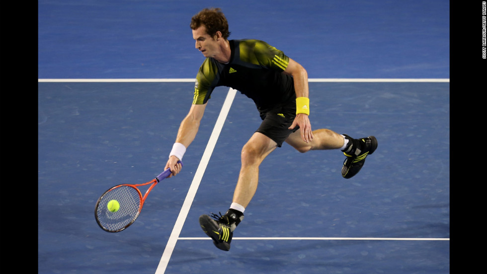 Murray plays a forehand on January 27.