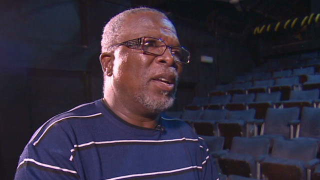 marketplace africa theater john kani_00034830.jpg