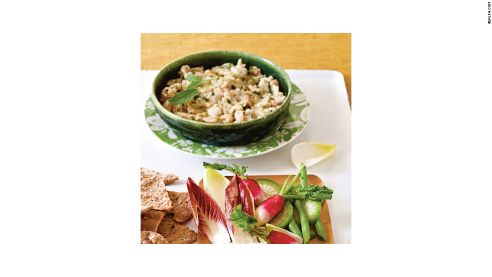 "Mashing cannellini beans with olive oil, garlic and sage creates the same creamy consistency as sour-cream-based dips, for 320 calories. <strong>Try this recipe:</strong> <a href=""http://www.health.com/health/recipe/0,,10000001918604,00.html"" target=""_blank"">White bean dip</a>"