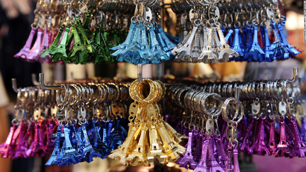 No key chains, coasters, mugs or plates. And, whatever you do, no double-whammy Eiffel Tower key chains.