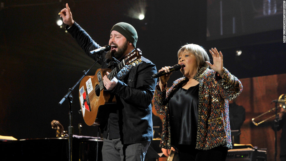 "Zac Brown and singer Mavis Staples duet on ""My City of Ruins."""