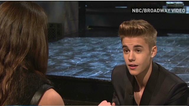 Bieber on 'SNL' talks romance and ...