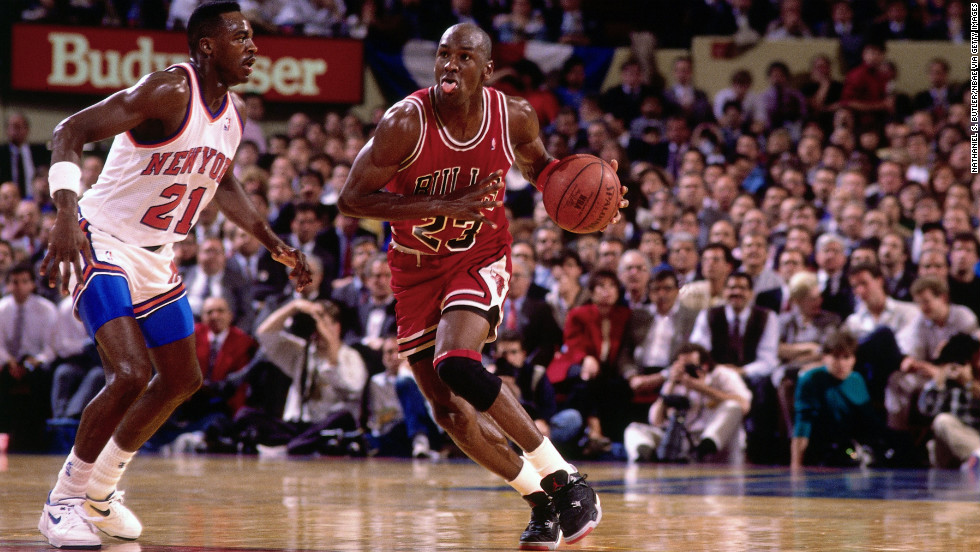 Jordan moves the ball up the court against the New York Knicks in 1991.