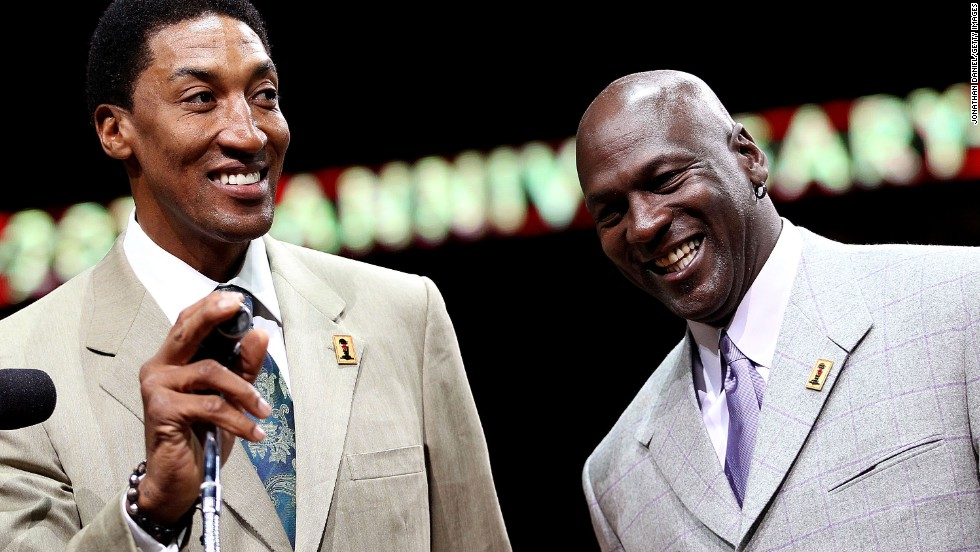 Pippen and Jordan smile as the crowd cheers during a 20th anniversary recognition ceremony of the Bulls first NBA Championship in 1991.
