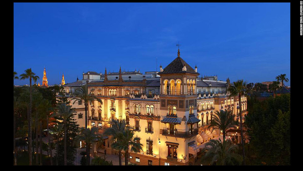 "The Hotel Alfonso XIII in Seville, Spain, is featured in the 1962 film ""Lawrence of Arabia."""