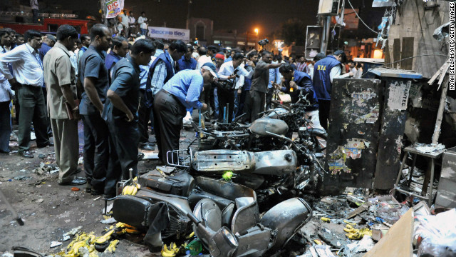 Bombs rock busy Indian marketplace