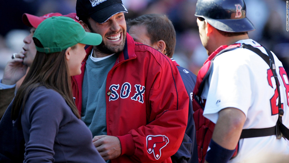 Affleck, Jennifer Garner and catcher Doug Mirabelli of the Boston Red Sox talk at a 2005 game against the New York Yankees in Boston.