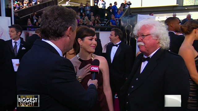 MacFarlane's dad on his son hosting