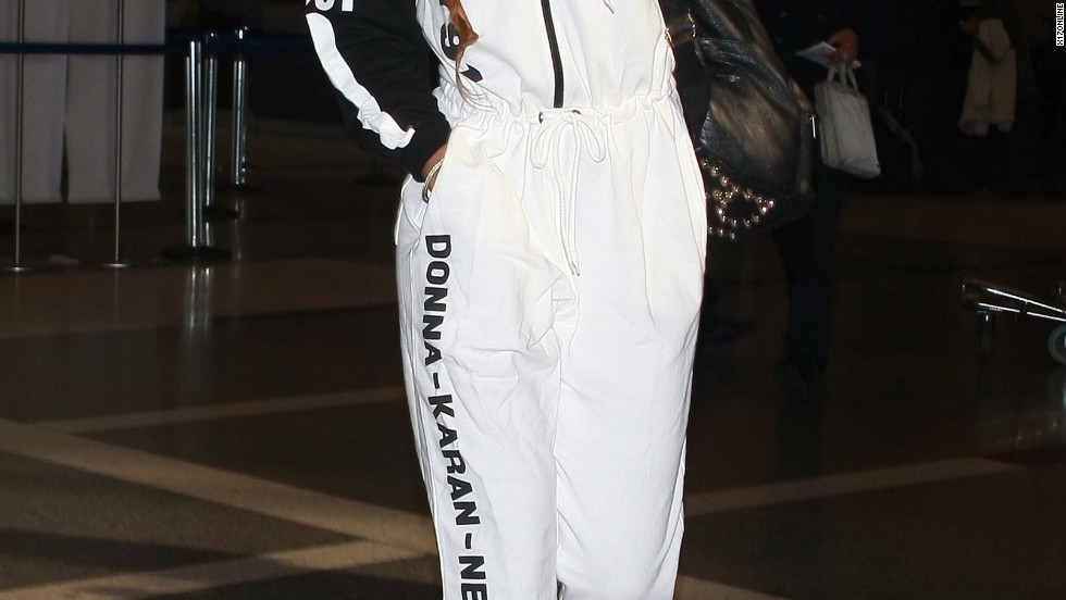 Rihanna heads to the airport.