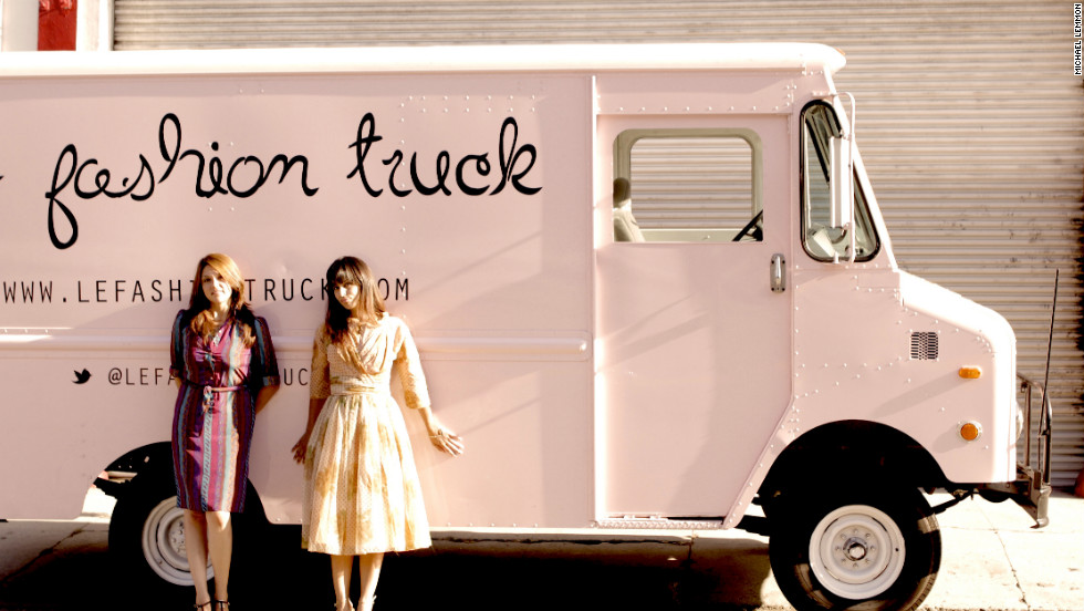 Move over, food trucks! Mobile retail stores are popping up across the country offering consumers a cozier way to shop for clothing, shoes, gifts, even records.