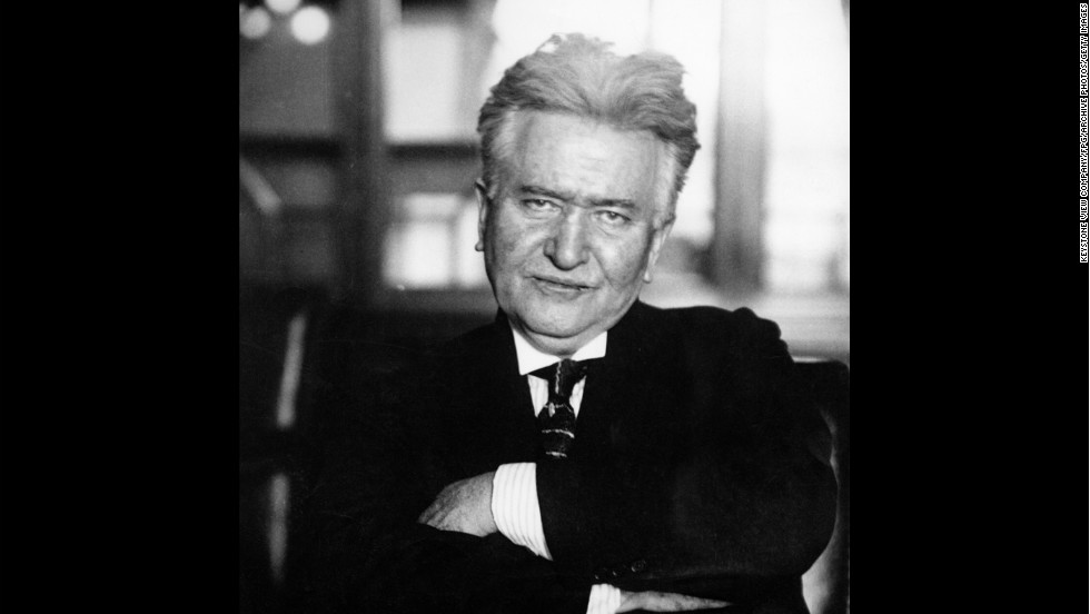 <strong>18 hours:</strong> Sen. Robert La Follette Sr. was a progressive Republican who often championed causes of the working class and working poor. Like others on this list, La Follette knew how to attract attention. For instance, his 18-hour filibuster in 1908 stood as the record until Morse outlasted him 45 years later.