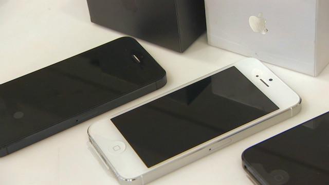 Apple cracks India's smartphone market