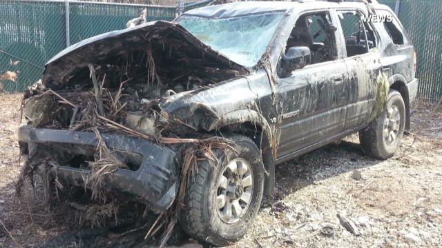 3 car wrecks, 3 days, 15 dead teens