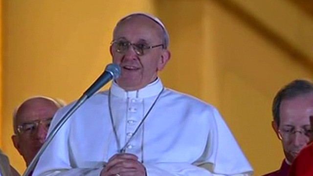 Pope Francis to followers: 'Here I am'