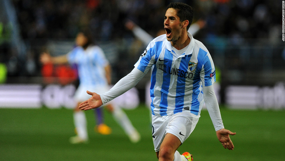 Just two minutes before the break, Malaga made the breakthrough when talented midfielder Isco collected Manuel Iturra's pass and fired an unstoppable effort into the top corner.