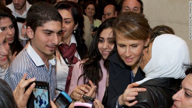 Assad's wife ventures out to the opera