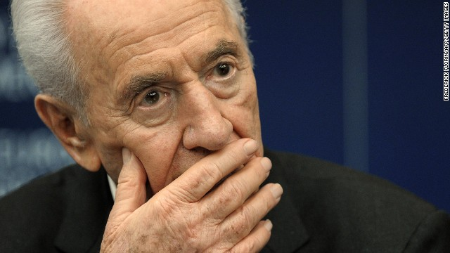 Israeli President Shimon Peres attends a press conference at the European Parliament  on March 12, 2013.