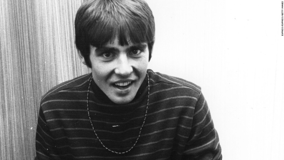 "Of the foursome who made up the Monkees, Davy Jones was the undeniable heartthrob. ""Each Monkee had a distinct personality,"" <a href=""http://www.mtv.com/news/articles/1680227/monkees-davy-jones-teen-heartthrob-justin-bieber.jhtml"" target=""_blank"">said MTV</a>, but Jones was ""the one that made the girls swoon."""