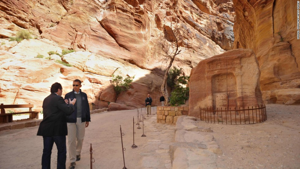 Obama and Professor al-Faraja stop to discuss a site in Petra on March 23.