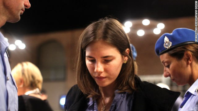 PERUGIA, ITALY - SEPTEMBER 30: Amanda Knox attends her appeal hearing at Perugia's Court of Appeal on September 30, 2011 in Perugia, Italy. Amanda Knox and Raffaele Sollecito are awaiting the verdict of their appeal that could see their conviction for the murder of Meredith Kercher overturned. American student Amanda Knox and her Italian ex-boyfriend Raffaele Sollecito, who were convicted in 2009 of killing their British roommate Meredith Kercher in Perugia, Italy in 2007, have served nearly four years in jail after being sentenced to 26 and 25 years respectively. (Photo by Franco Origlia/Getty Images)