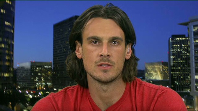 Kluwe: Risk in being openly gay in NFL