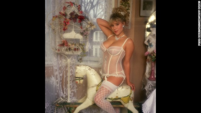 British glamor model Samantha Fox enjoyed brief success as a pop star.