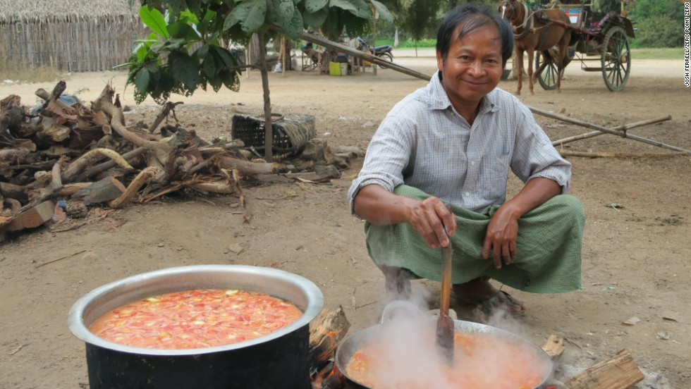 A chef cooks in the back of the curry stand, Sarabha, in Old Bagan.