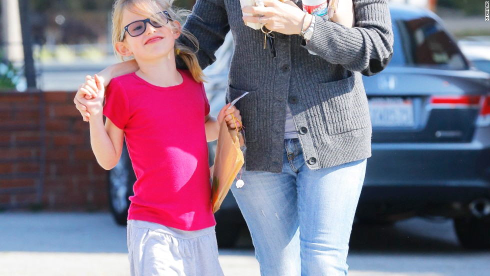 Jennifer Garner spends time with her daughter.