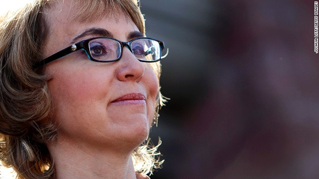 Giffords doesn't rule out motherhood