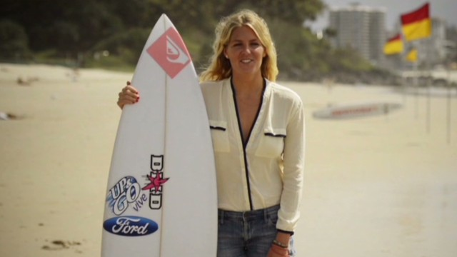 human to hero stephanie gilmore surfing_00001528.jpg