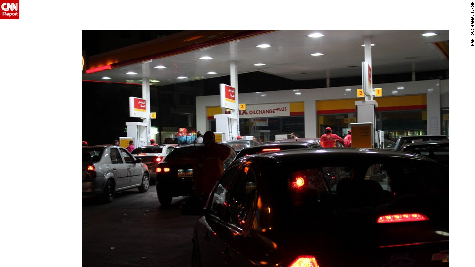 Cars queue for gas at a petrol station in following shortages of subsidized diesel are creating a fuel shortage. Picture by iReporter Mahmoud Gamal El-Din.