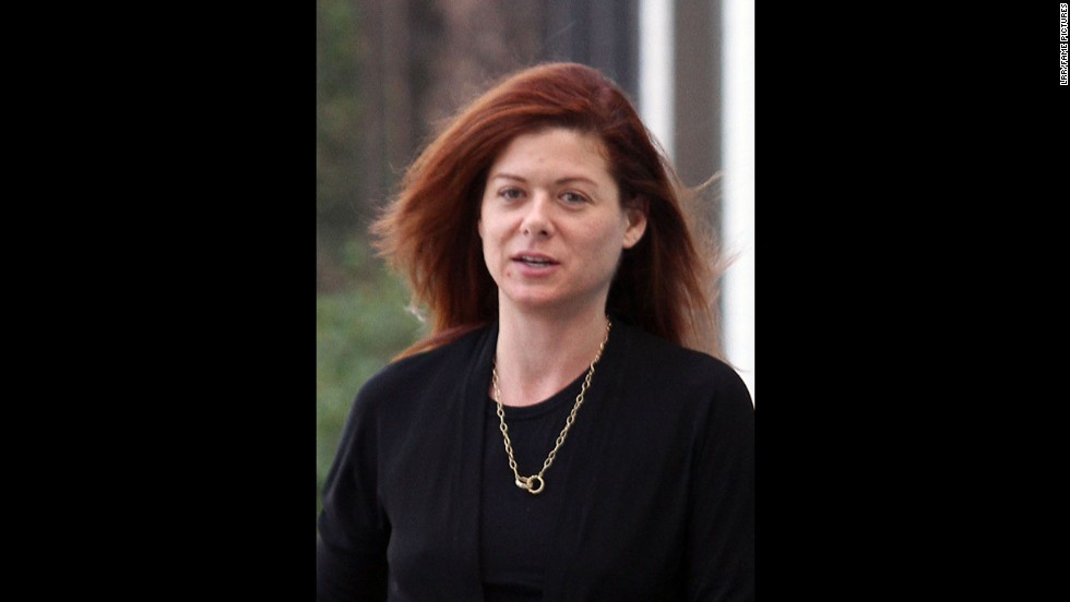 """Smash"" actress Debra Messing goes makeup-free while leaving a Los Angeles salon on December 14, 2010."