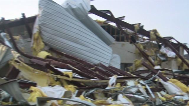 Severe storm system hits Arkansas