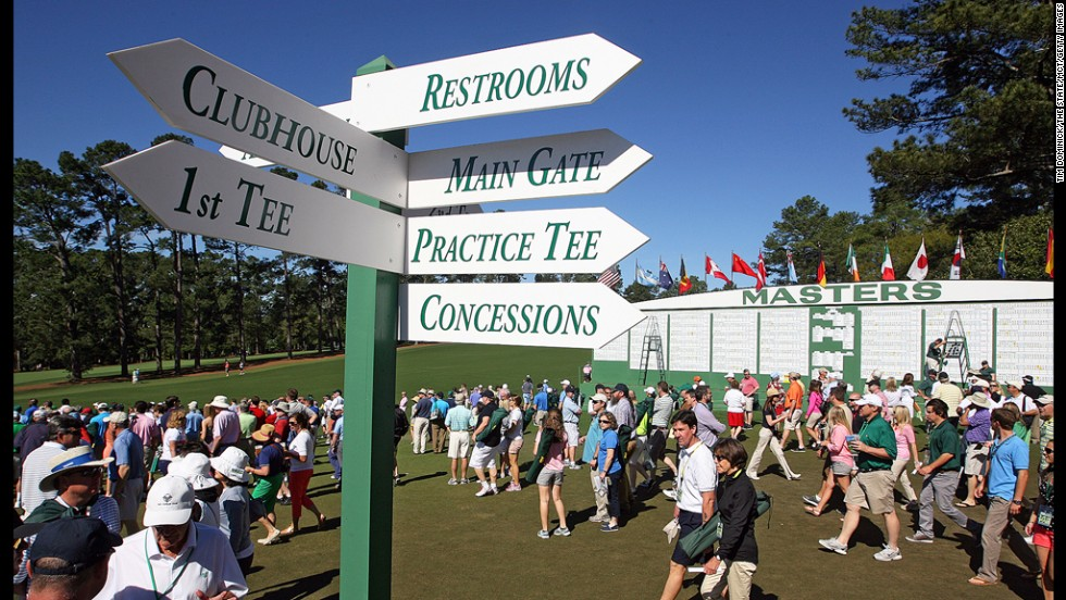 Fans head out to the course for the competition during the third round.
