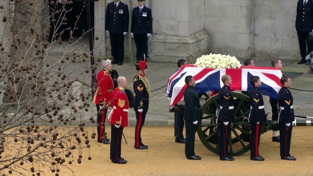 UK pauses to bid farewell to Thatcher