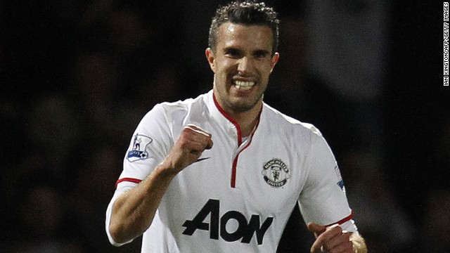 Robin van Persie grabbed an equalizer as Manchester United drew 2-2 with West Ham