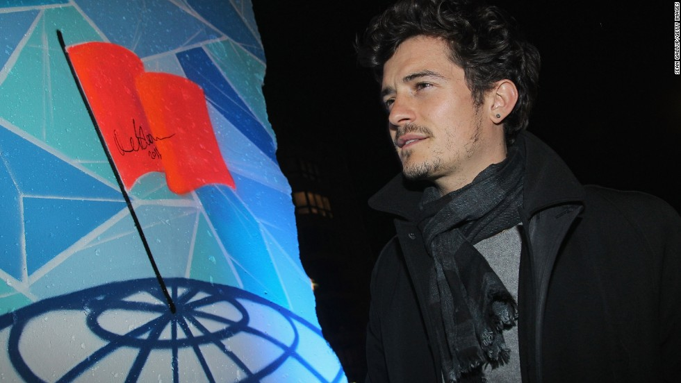 Actor Orlando Bloom falls into that hybrid-driving, solar-supporting celeb camp. He's a regular at green events, and he supports initiatives like Global Cool, an organization with a mission to raise awareness about climate change.