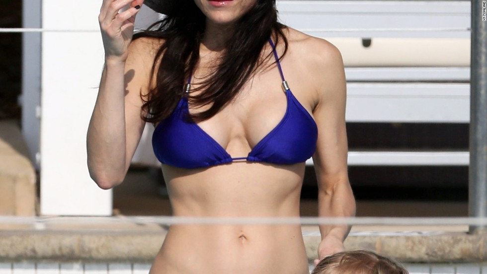 Bethenny Frankel swims with her daughter in Miami.