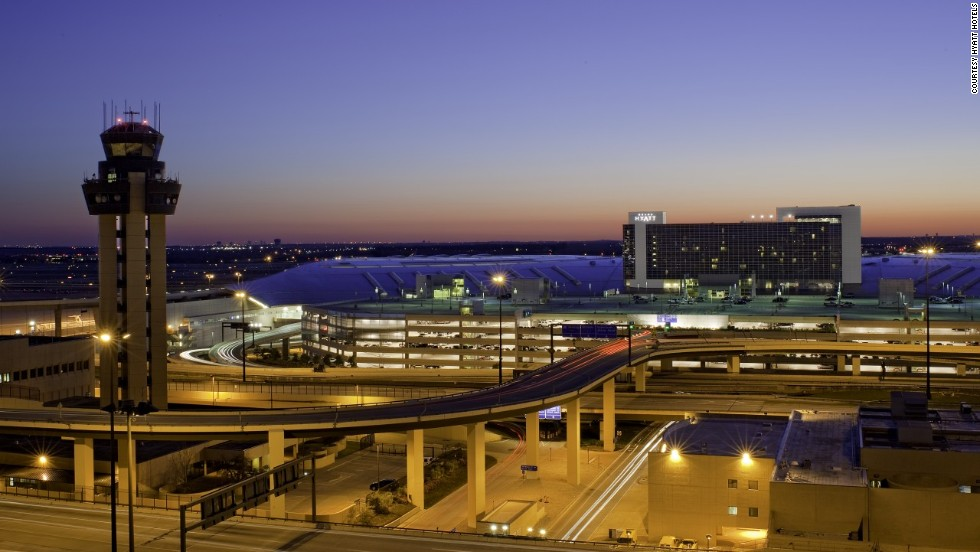 Complimentary airport transportation, via Skylink and Terminal Link, connects the Grand Hyatt to Dallas/Fort Worth International Airport.